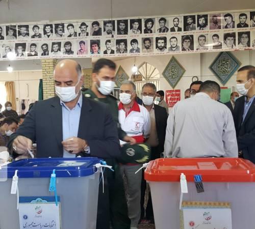 فرماندار ملایر: دشمن بار دیگر از حضور مردم ایران شکست خورد